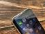 iPhone XRのディスプレイ上側を横から見た