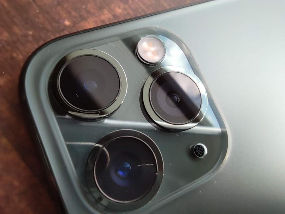 iPhone 11 Proのカメラ周辺