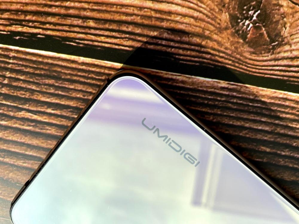 UMIDIGI A5 Proのロゴ周辺